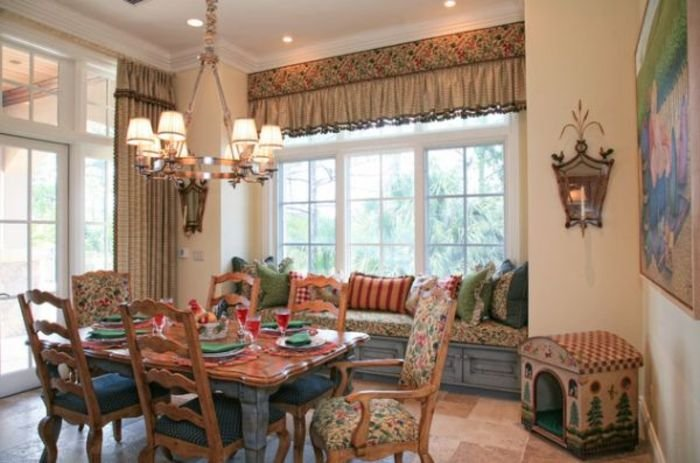 Country dining room decor